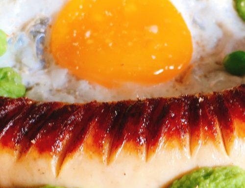 🌷 Erbsenpüree/Spiegelei/ExtraBratwurst ✅ Easy mit TK-Erbsen , abgerundet mit etwas Muskat – yummi.